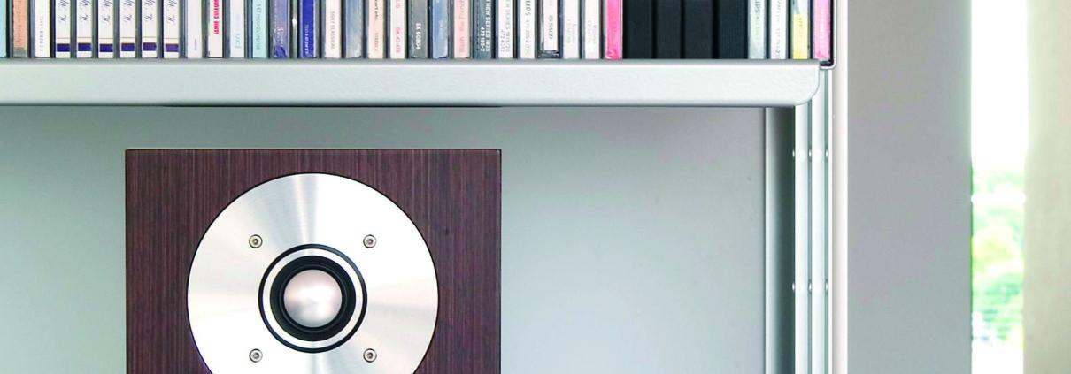 cm1-shelf
